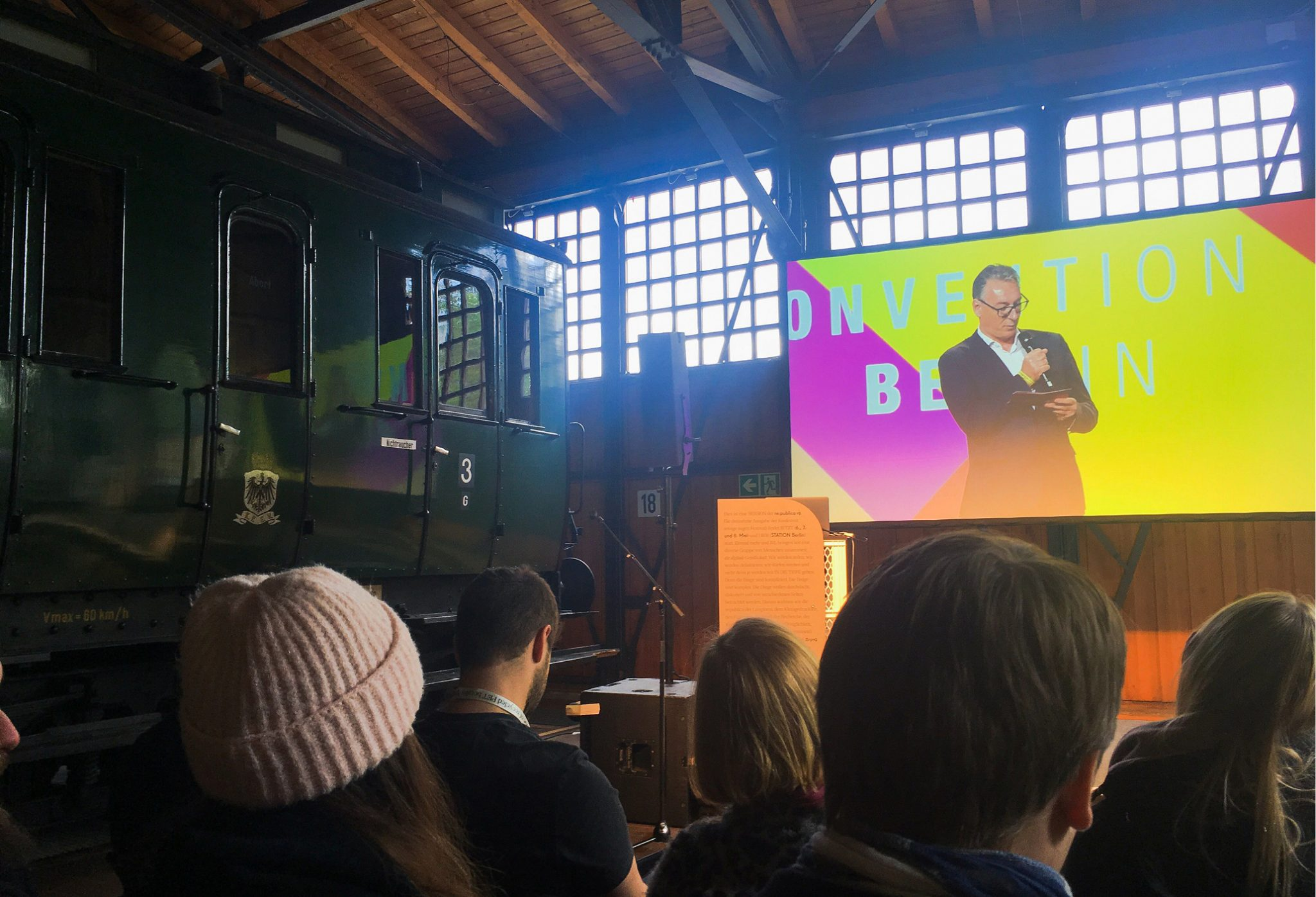 AI enables digital marketers to make data-driven decisions for creative solutions. Check out our recap of our recent attendance of re:publica and OMR.